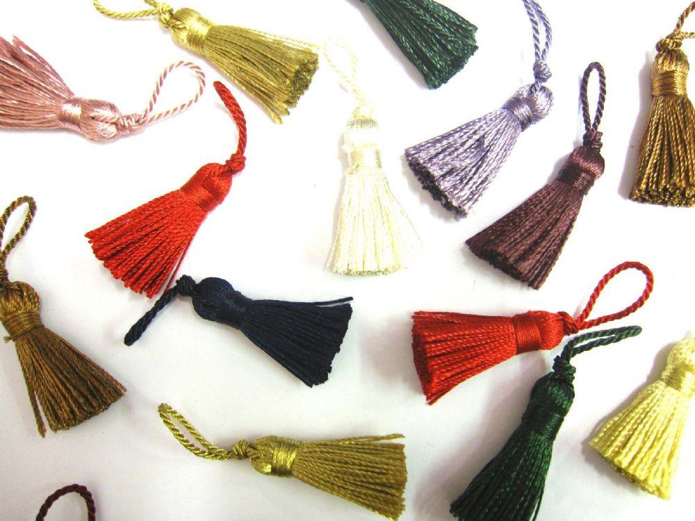 10 Mini Craft Tassels Small 3 5cm 2cm Loop Long Decorative